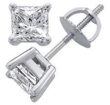Diamantohrstecker 0.60 Karat aus 585/14K Gold (F-G/VS2) Zertifiziert