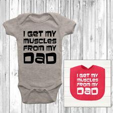Je reçois mes muscles de mon père Baby Grow Body Costume Gilet Mignon Bib Dieu fils