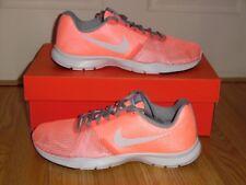 NIKE Women's Nike Flex Run shoe size 11 (881863-600)
