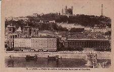 69 - cpa - LYON - Palais de Justice, Cathédrale St Jean