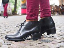 Clarks Original Schuhe CALNE OLIVIA schwarz Leder Ankle Boots NEU Stiefelette