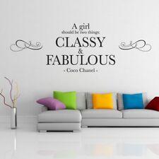 Debe ser una chica dos cosas: Elegante & Fabuloso-Coco Chanel cotización De Pared, Pared Ar