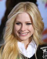 AVRIL LAVIGNE COLOR SMILING HEAD SHOT BLONDE PHOTO OR POSTER