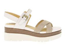 67a851c46cbec Sandali e scarpe con zeppa Geox per il mare da donna 100% pelle ...