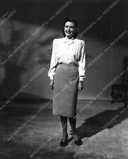3037-032 Frances Gifford wardrobe slate shot 3037-32