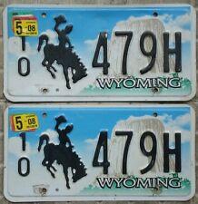 COPPIA di TARGHE ORIGINALI USA auto WYOMING rodeo west cavallo pickup ford dodge