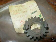 NOS Honda C110 CA110 2nd Gear 19t 4Spd 23431-011-010