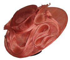 CHAPEAU tailles S / M de CEREMONIE femme mariage PILL BOX grand modèle rouge uni