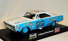 REVELL/MONOGRAM 4843 1967 Plymouth #99 Paul Goldsmith  1/32 Slot Car 85-4843