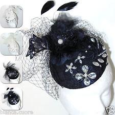 Cappello FASCINATOR cerimonia elegante nero piume veletta copricapo tulle D0472