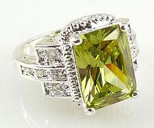 Elegant Women Princess Cut 2.95ct Peridot 925 Silver Wedding Ring Size 6-10