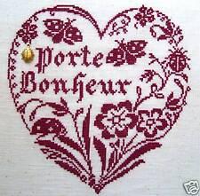 GRILLE POINT de CROIX - COEUR PORTE-BONHEUR +charm - réf : 4011