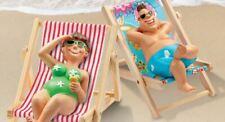 liegend Miniatur Bade-Urlauberin und Urlauber verschiedene Designs sitzend