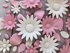 Edible Pink White Daisies. Pink Sugar paste daisies. Edible Pink white flowers.