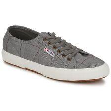 Sneakers Scarpe uomo Superga  2750 GALLESU  Grigio Tessuto  243053