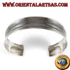 Bracciale d'argento rigido, doppia  treccia e righi