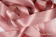 En rosa salmón 60 Satin Ribbon por Berisfords 3mm 7mm 10mm 15mm 35mm 50mm & 70mm