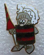 Pin's Un petit Chevalier avec lance et ponpon casque #1304
