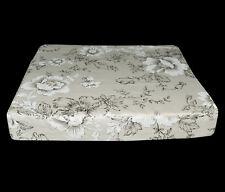 Lf335t noir Off White Lily haute qualité en toile de coton boîte 3D coussin de siège couverture