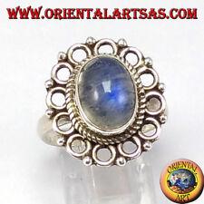 Anello d'argento 925  con pietra di luna arcobaleno ovale e bordo di cerchietti