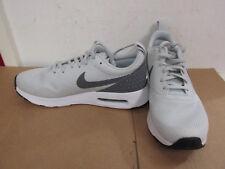 buy popular e37a6 f01bd Nike pour femmes Air Max strass BASKET COURSE 896194 002 Baskets enlèvement