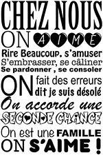 """Sticker Mural Texte """"Chez Nous on aime rire ..."""", 50x30cm à 100x60cm (TEX0021)"""