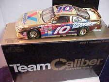 2001 Johnny Benson #10 Valvoline 1/24 Owners Gold Team Caliber Car