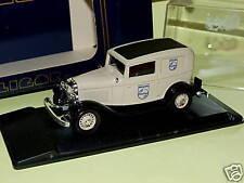 FORD V8 1932 Fourgonette  Livraison DE  PHILIPS ELIGOR