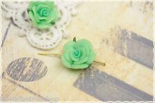 Rosa in fimo colore verde   perla due fori laterali