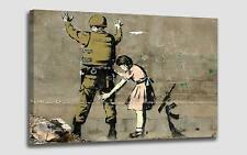 Quadro Soldato Bambina Street Art Bansky cm 50x90 Stampa su Tela Effetto Dipinto