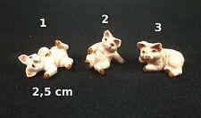 cochon, cochonne miniature,mini vitrine,collection,porcelaine,  *S7