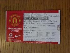 10/08/2002 BIGLIETTO: Manchester United V Boca Juniors [UNICEF vantaggio corrispondenza] (piega