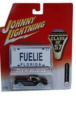 Johnny Lightning CLASS OF 57 Corvette Hardtop real rubber tires