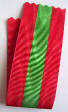 FRANCE: Coupe de ruban neuf 14 cm x 32 mm pour la médaille de la famille.