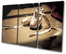 Performing Ballet Pumps TREBLE CANVAS WALL ART Picture Print VA