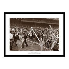 Scotland Fans at Wembley - England v Scotland 1977 Photo Memorabilia (376)
