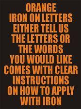 Una pulgada de vinilo de hierro a las letras Naranja de transferencia de Superdry con impresión