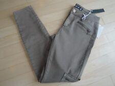 Design Lab Women's Skinny Stretch Pants Color: Bay Leaf Size: 26 $59