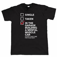 En el garaje construir un coche músculo mental para Hombre Divertido Camiseta-American Hot Rod