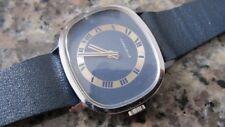Orologi meccanici e al quarzo stile anni 60-70. 70's style watches