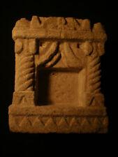 Sanctuaire votif , Niche en pierre , Rajasthan. Désert du Thar