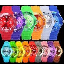 Silicone Classique Unisexe Gelée avec date bracelet montre pour garçons filles