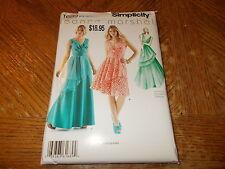 Simplicity Pattern 1689 Ms LEANNE MARSHALL V-Neck  Dress/Evening Dress w/Peplum