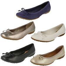 Femmes Clarks à Enfiler Noeud Détaillé Chaussures Ballerines Cuir Arizona Heat
