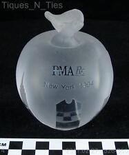 Apple Advertising PMA Crystal Paperweight NYC Skyline (DD)
