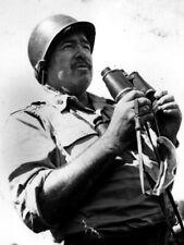Ernest Hemingway Writer Binoculars Helmet Military BW Giant Print POSTER Affiche