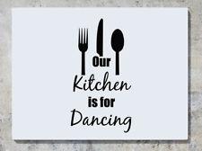 Nuestra Cocina Es Para Baile - Cubiertos Adhesivo de pared decorativo imagen