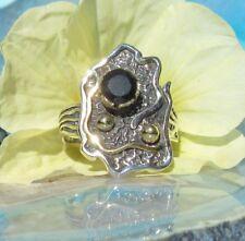 Anillo Resumen Plata Esterlina 925 con onix negro y color dorado perla