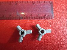 LEGO 2 X LUCE bluastra Gray Technic, asse connettore HUB con 3 assi numero 57585