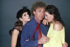 "Gene Wilder/Kelly LeBrock/Gilda Radner [Woman In Red] 10""x8"" Photo 65288"